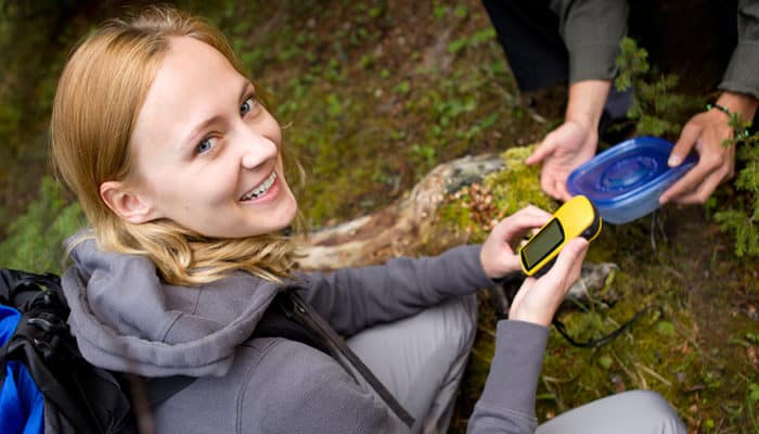 5 Best Handheld GPS Devices for Geocaching