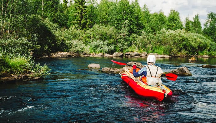 5 Best Inflatable Kayaks for Rivers, Oceans, Whitewater & Fishing
