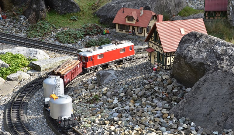model-railway-train