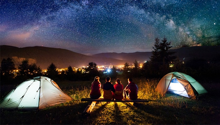 camping-stars-at-night