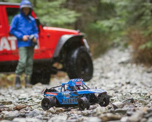 rc driving on gravel