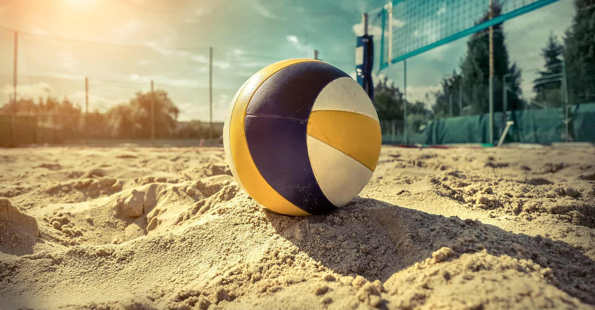 5 Best Volleyball Balls Reviewed For Indoor Outdoor The Beach 2020