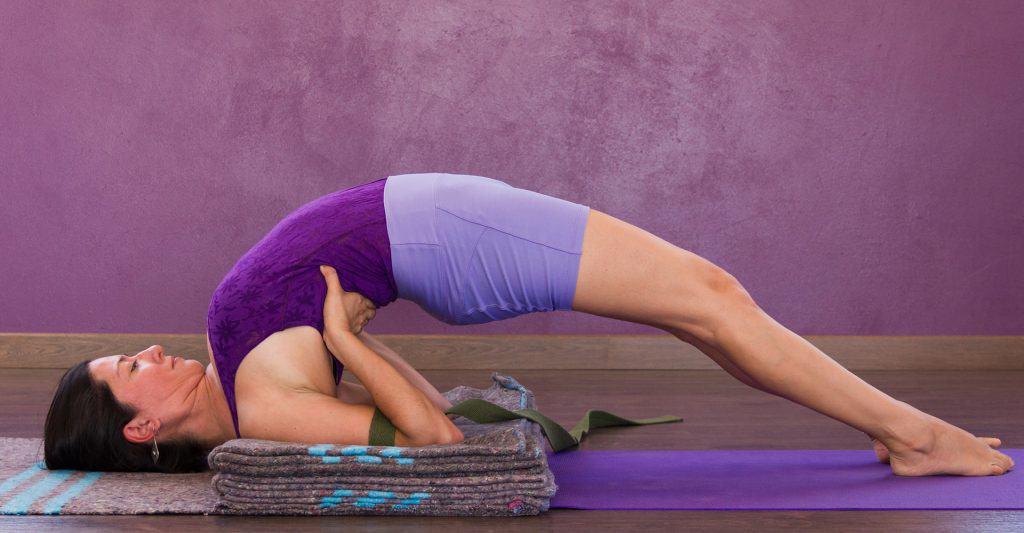 best-yoga-blanket