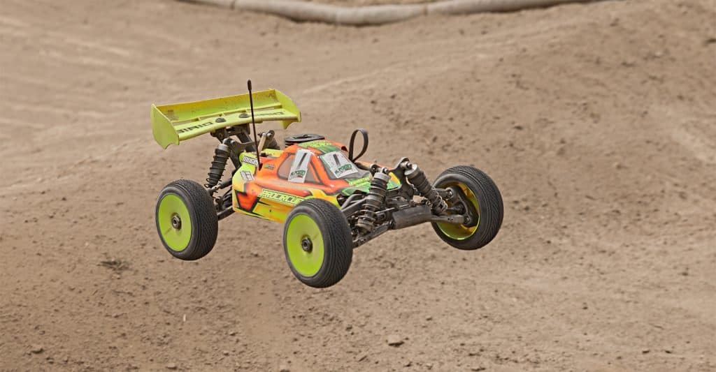 best-nitro-gas-powered-rc-cars-and-trucks