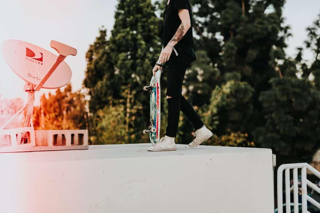 skateboarding grind box
