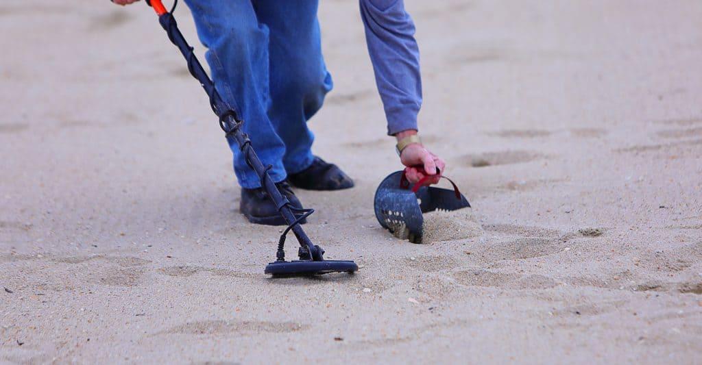 metal detecting sand scoop