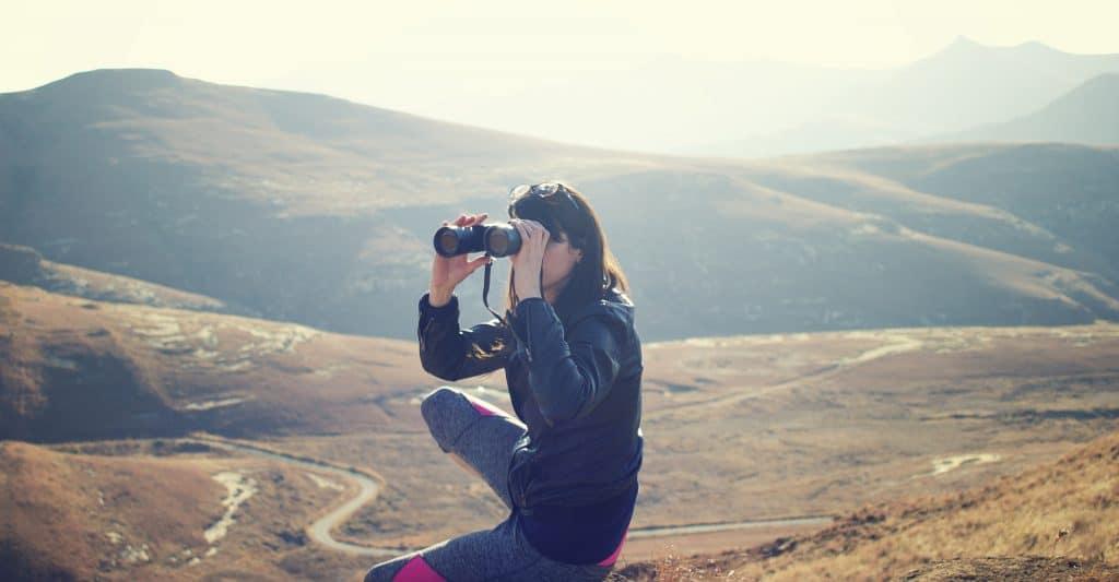 binoculars harness