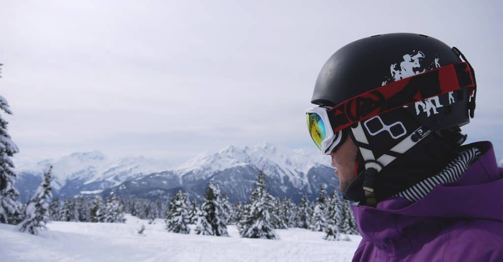best-ski-helmet-headphones