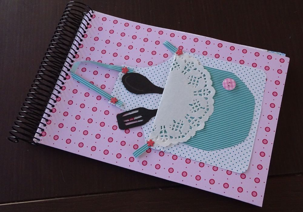 scrapbook-recipe-notebook