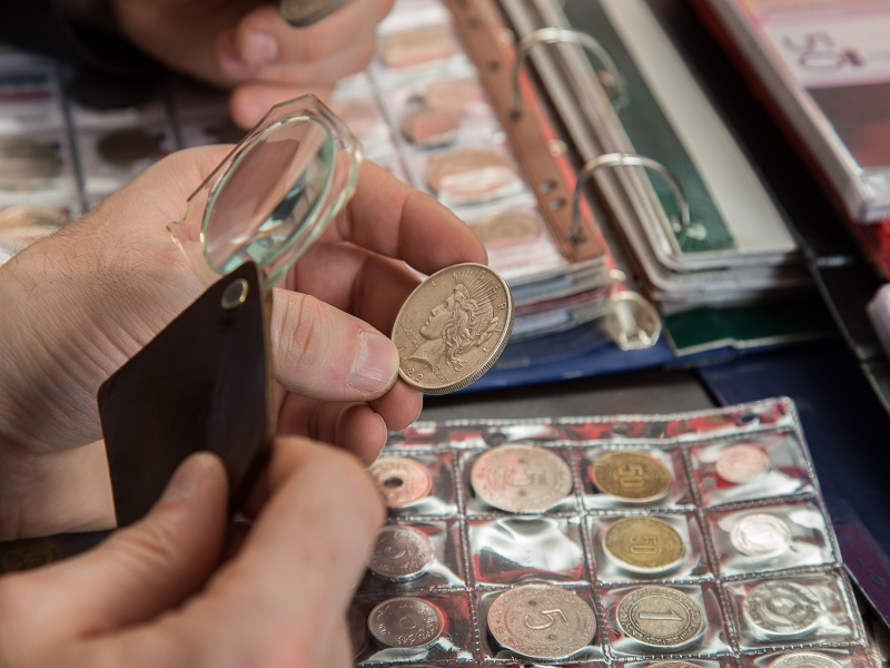 gifts for coin collector
